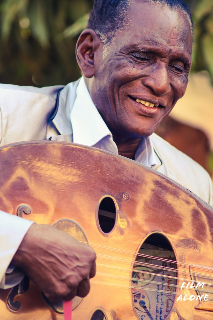 Sudan man playing the Oud